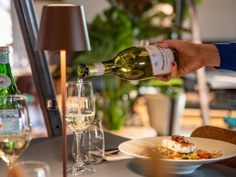 Brasserie1640 heerlijke wijn spijs Large